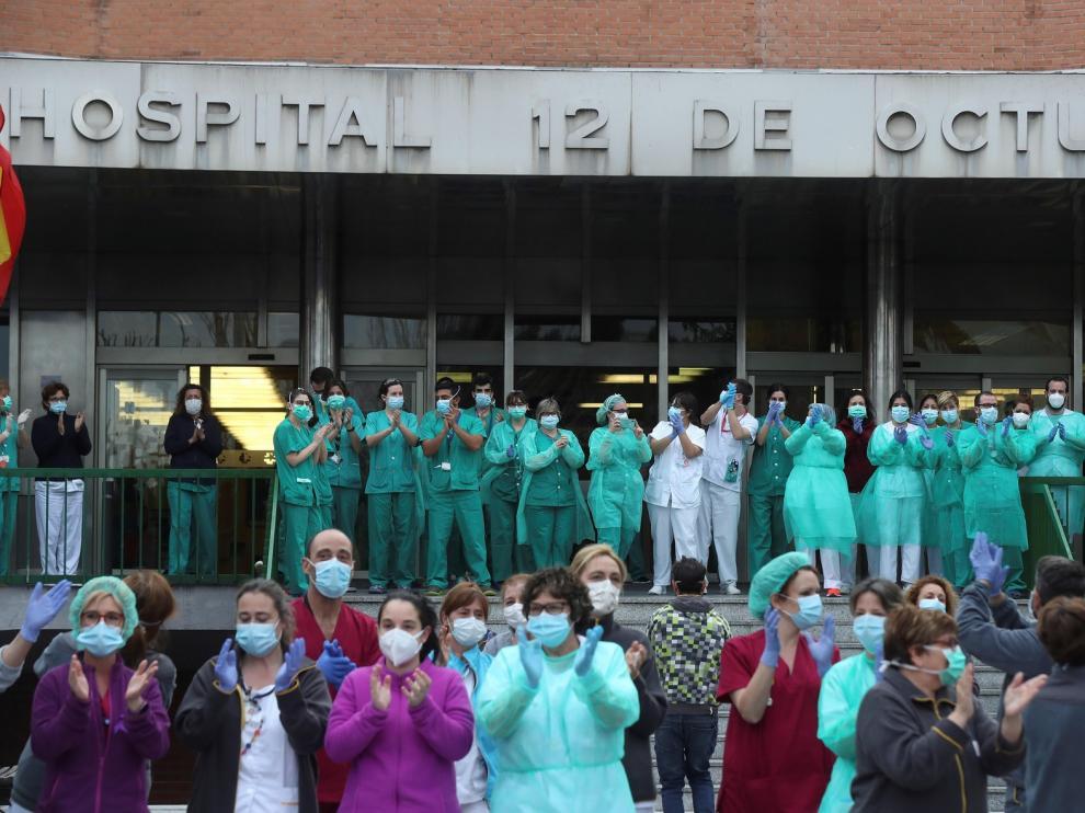 Colectivos aragoneseses dan su apoyo a los sanitarios en el Día Mundial de la Salud