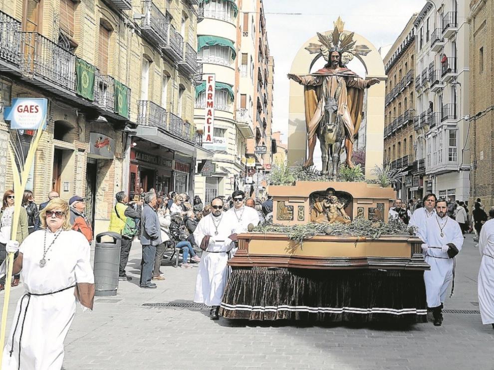 Un Domingo de Ramos con palmas y olivo virtuales