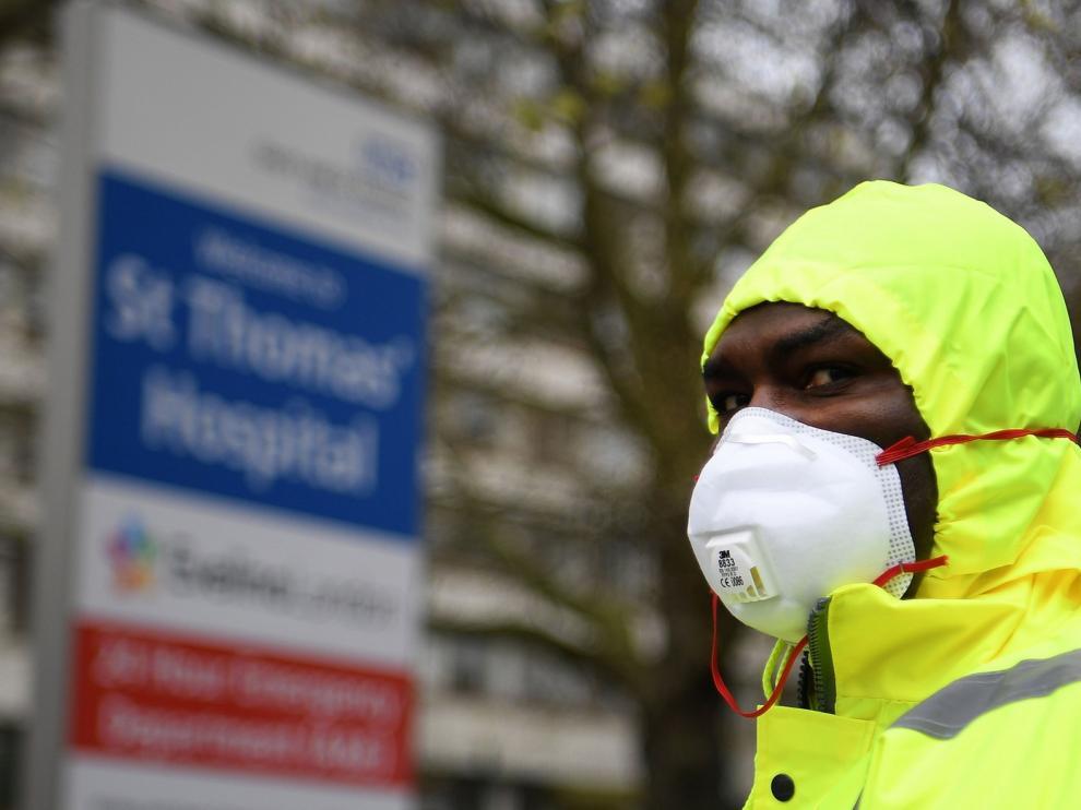 Reino Unido registra un total de 621 fallecidos más por coronavirus