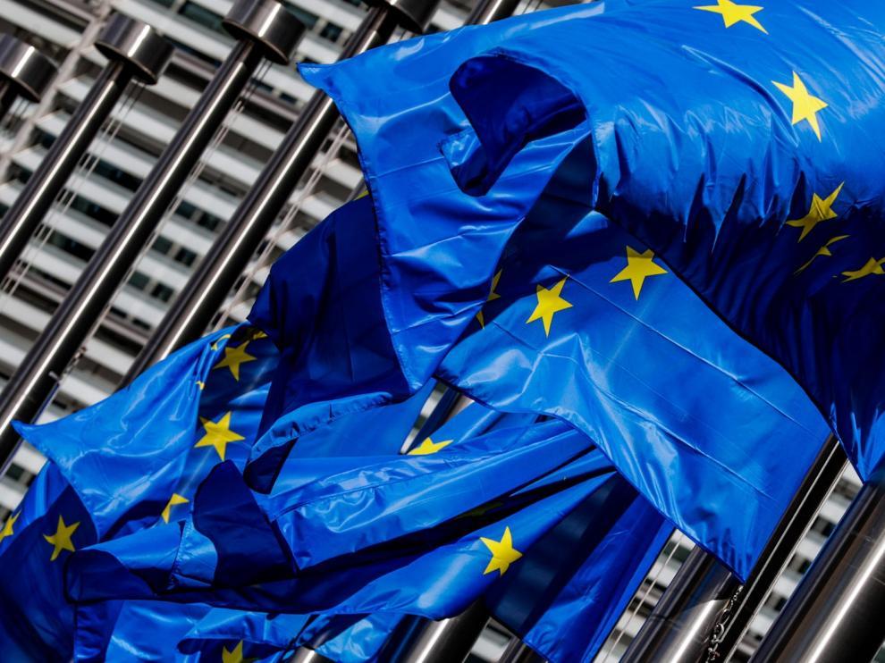 El Eurogrupo estudia un fondo de rescate y ayudas al empleo