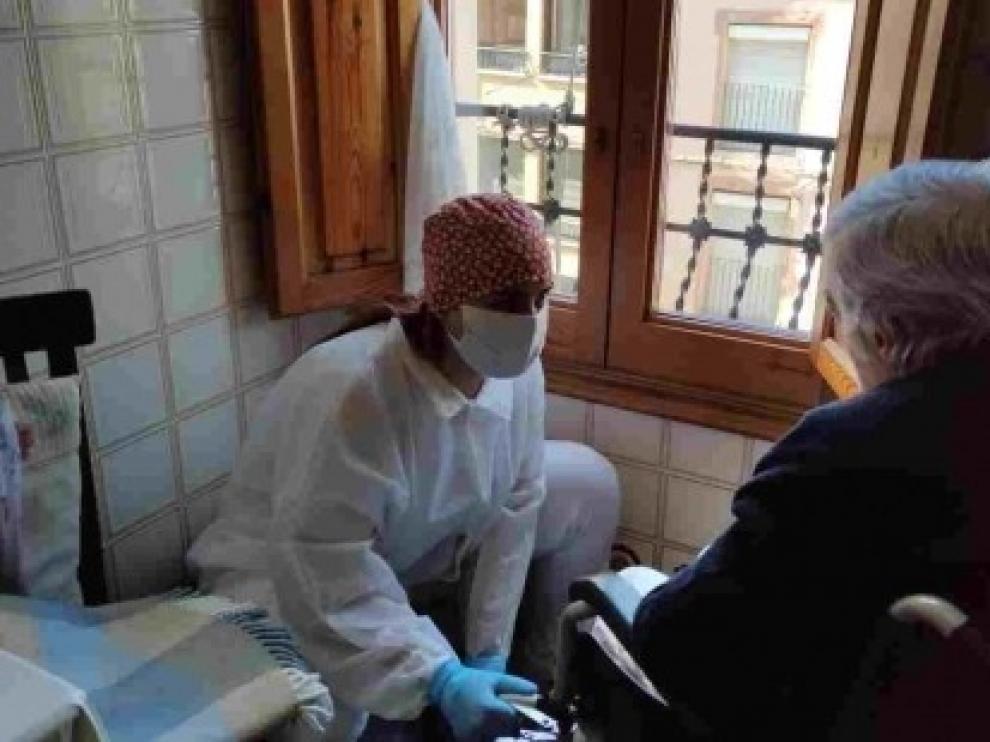 La atención a domicilio se amplía a personas que no eran usuarias previas crisis generada por el coronavirus