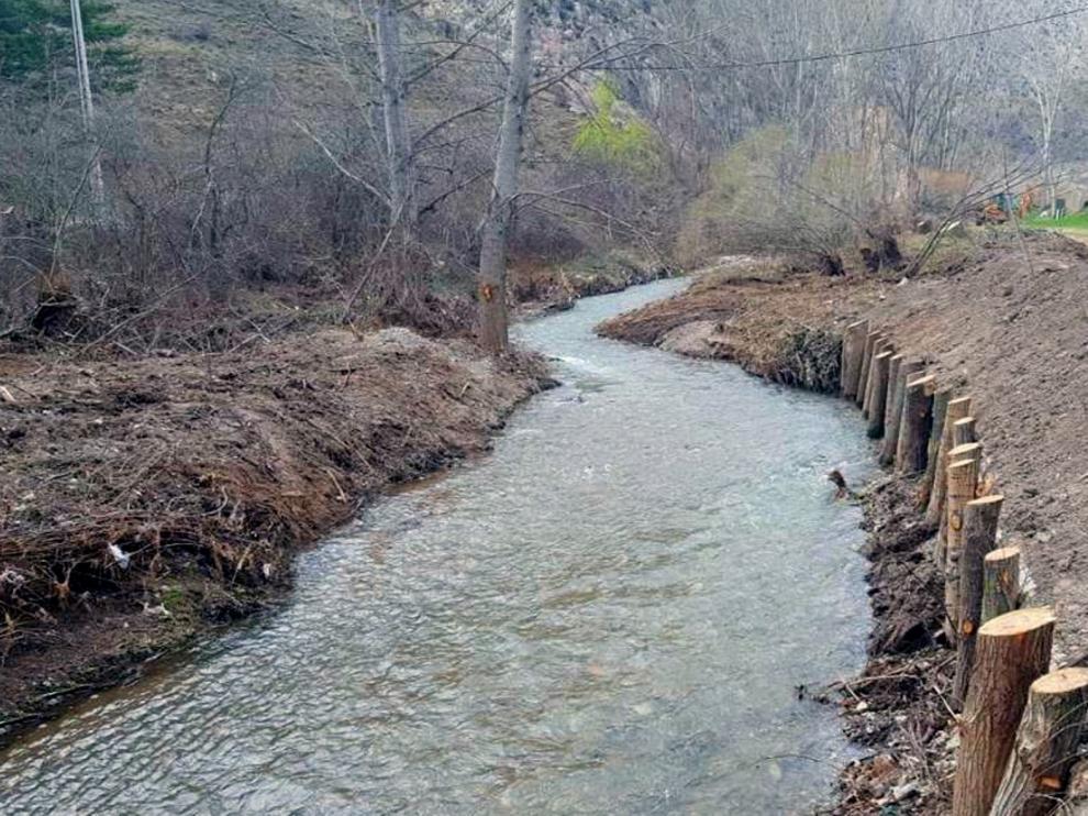 La CHE ha realizado 58 actuaciones de mejora de la capacidad de desagüe en cauces de Aragón en estos primeros meses del 2020