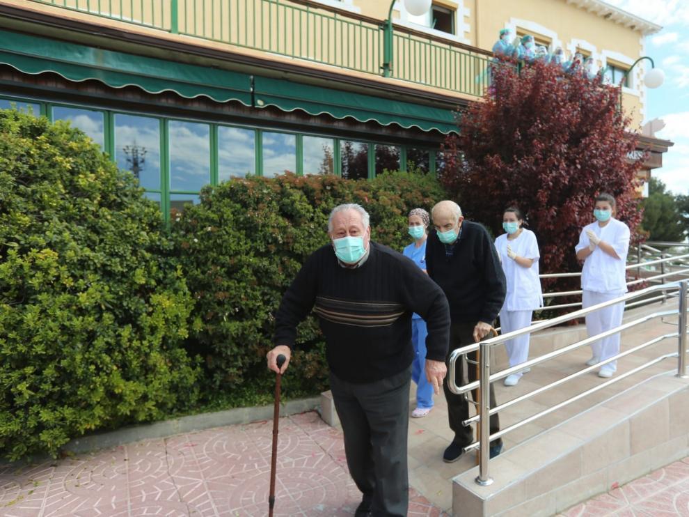 Dos nuevos pacientes con coronavirus de la residencia de Yéqueda reciben el alta