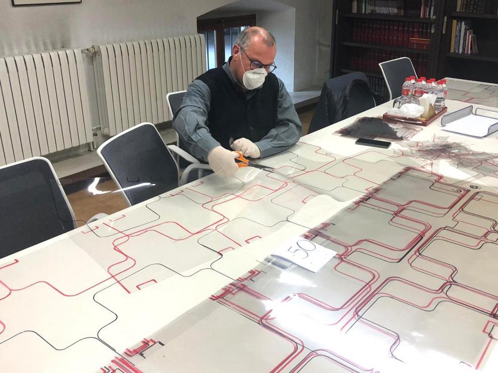 Tecmolde bate el récord de fabricación diaria con 35.000 máscaras