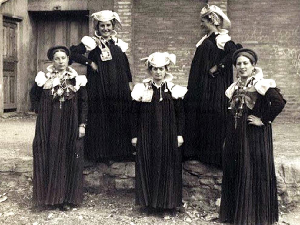 Los archivos aragoneses impulsan la #CulturaenCasa durante la Semana Santa