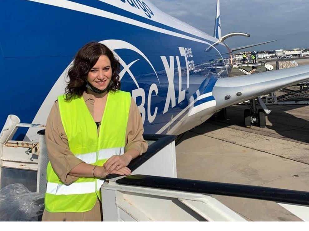 Llega un avión con 113 toneladas de material sanitario para hacer frente a al coronavirus en Madrid