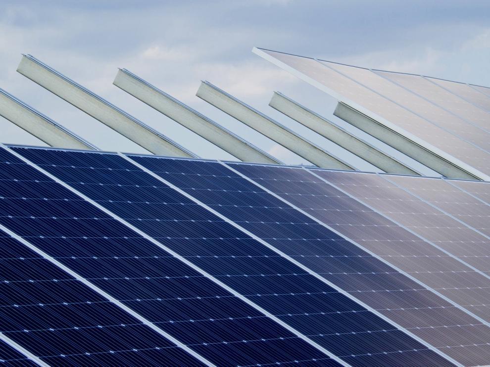 Plantean una parque solar en la térmica de Andorra