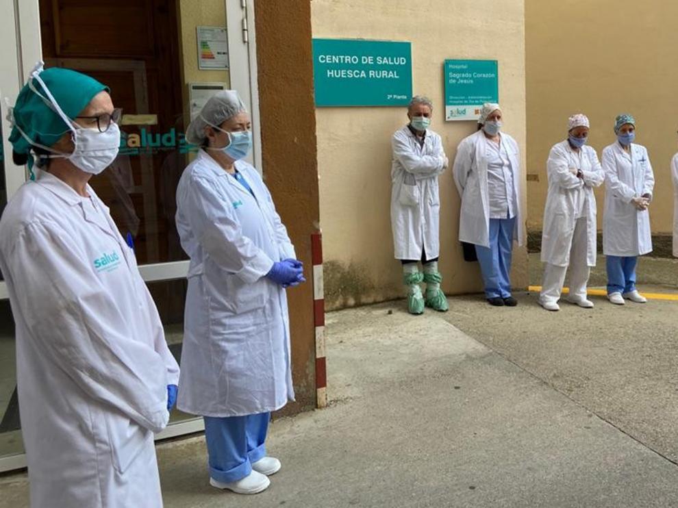 Los sanitarios de Huesca denuncian el reciclaje de mascarillas y la falta de las de alta protección