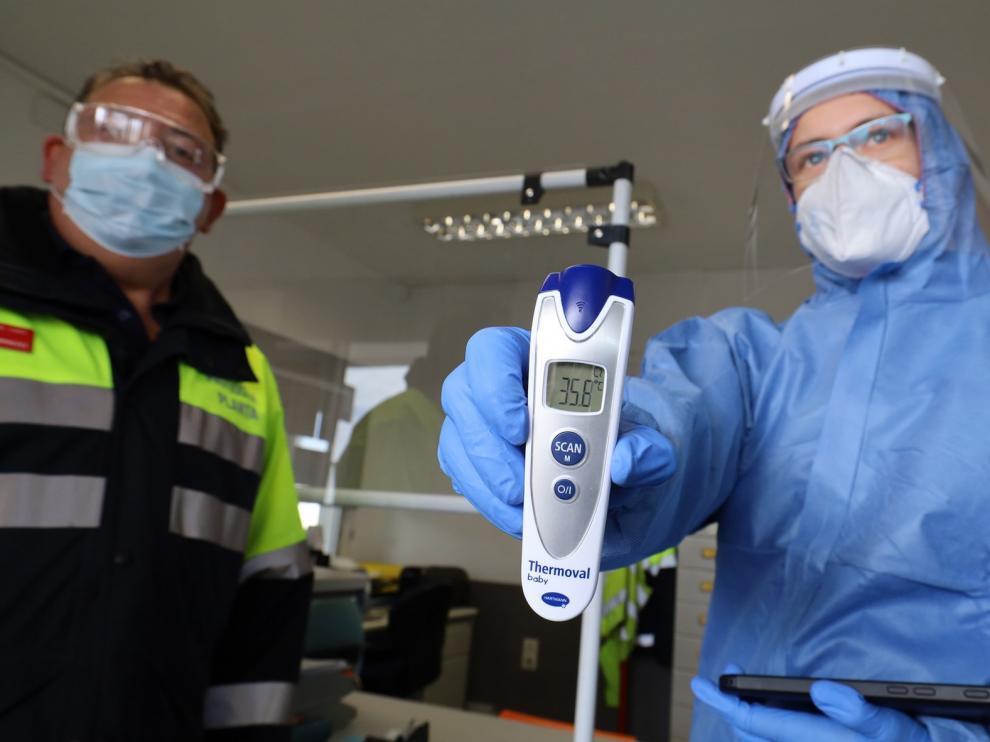 """Medidores térmicos, una herramienta """"controvertida"""" en la detección del coronavirus"""