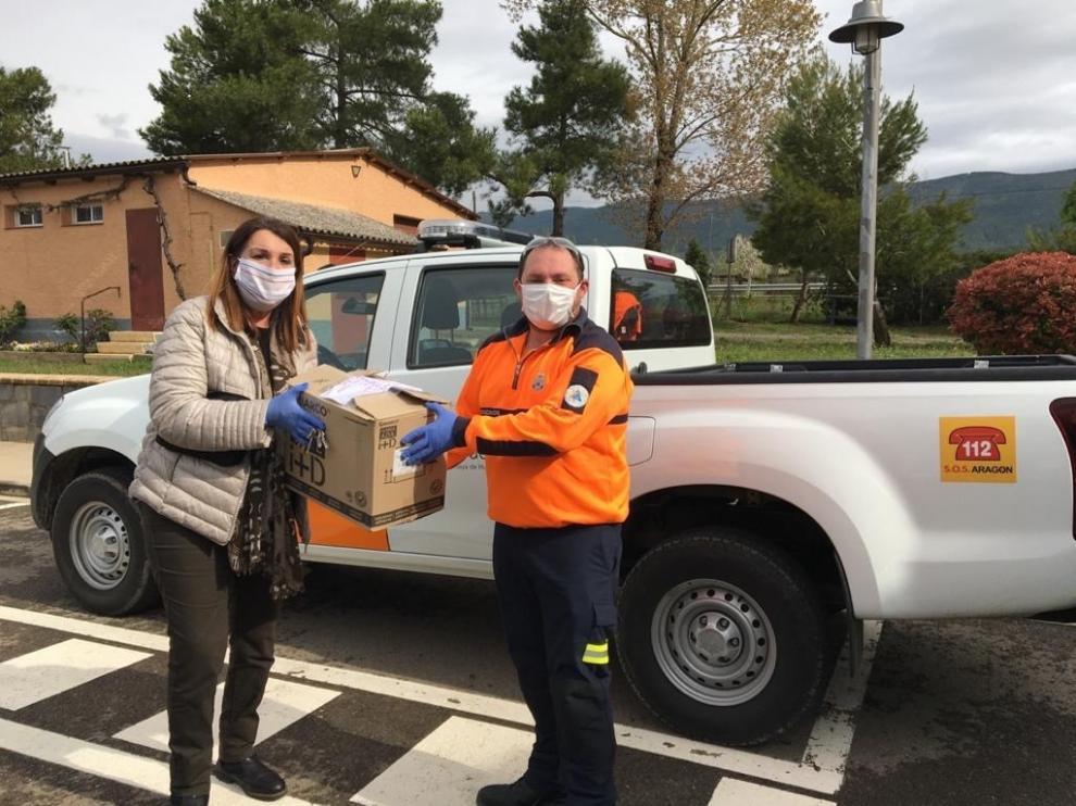 Protección Civil de la Hoya de Huesca entrega material sanitario en localidades del Alto Aragón