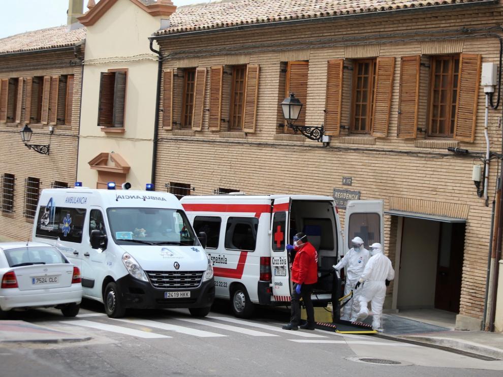 Casa Amparo de Huesca lanza un mensaje de tranquilidad a las familias de sus mayores