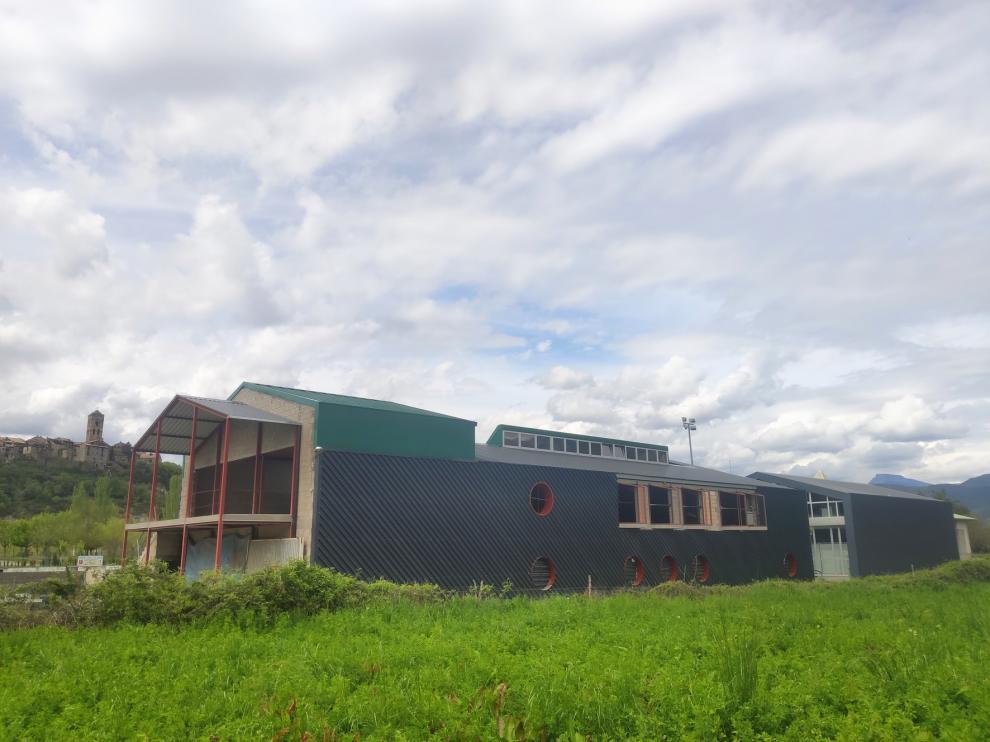 Aínsa reanuda diez obras de construcción en el conjunto del municipio