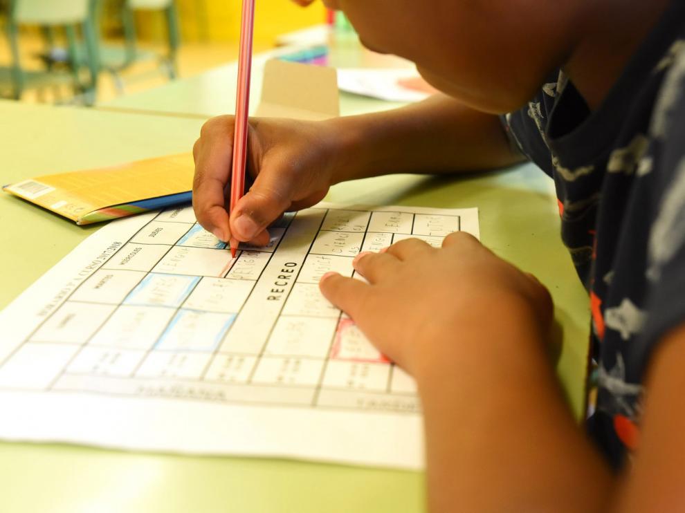 Educación baraja adelantar el inicio del próximo curso