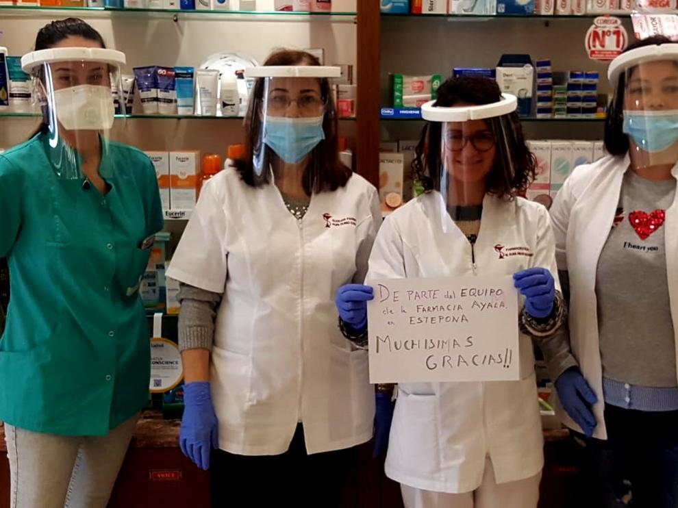 """CaixaBank y Fundación """"la Caixa"""" colaboran con las entidades Concahusa y Tecmolde en la fabricación de máscaras de protección ante el coronavirus"""