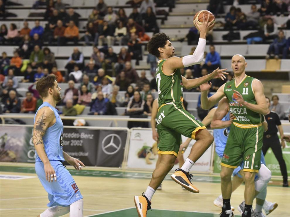 La Federación Española de Baloncesto y los clubes pactan que no haya descensos