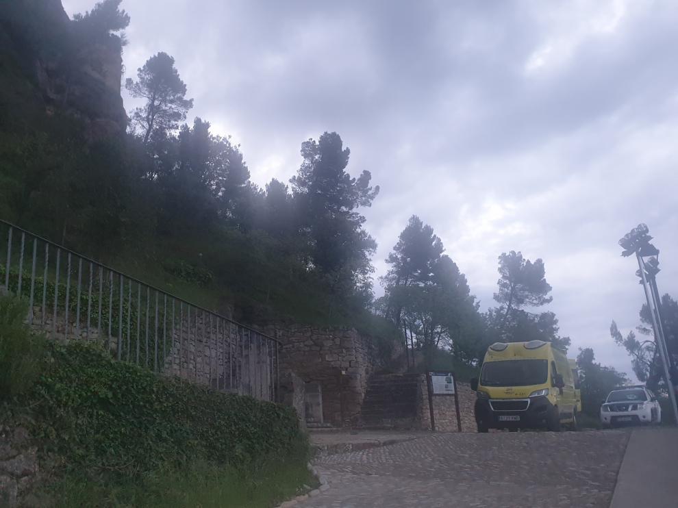 Agentes del Greim rescatan en la Peña del Morral de Graus a un hombre de 76 años que se ha saltado el confinamiento