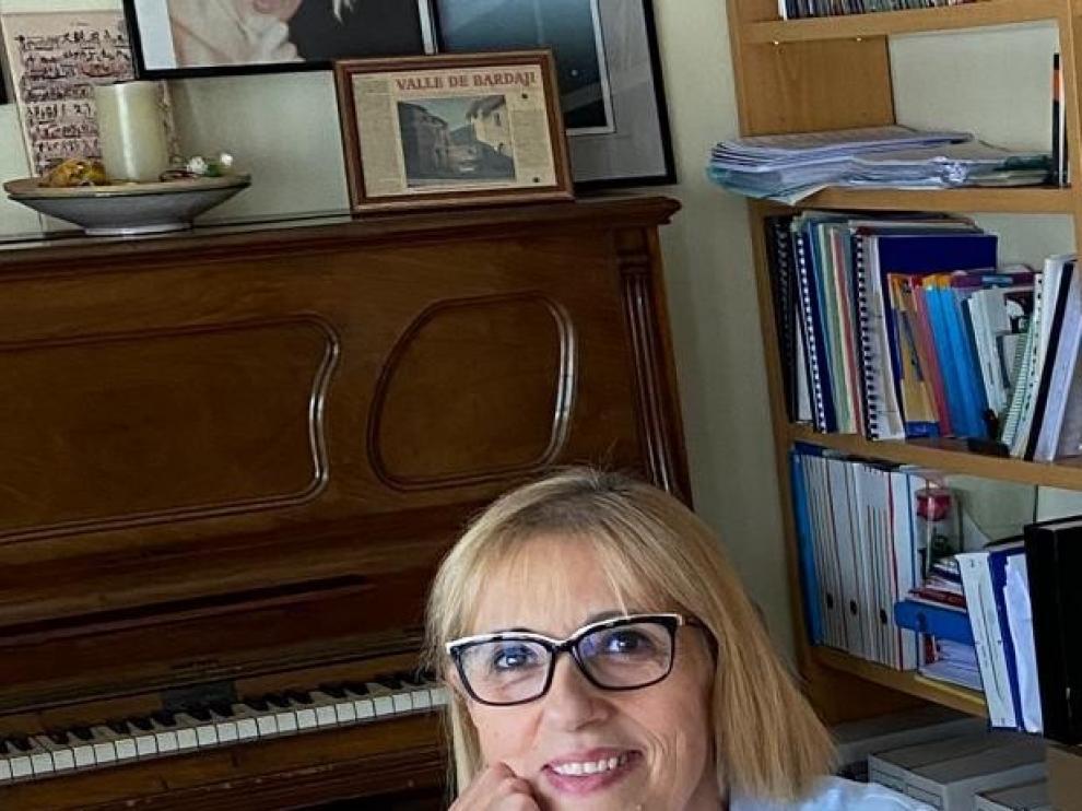 """Mª Jesús Lamora: """"Me parece imprescindible que el alumnado se nutra con todas las artes"""""""