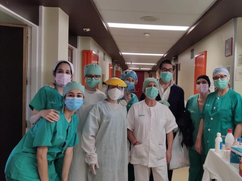 El vicepresidente del Gobierno, Arturo Aliaga, ha recibido esta tarde el alta hospitalaria