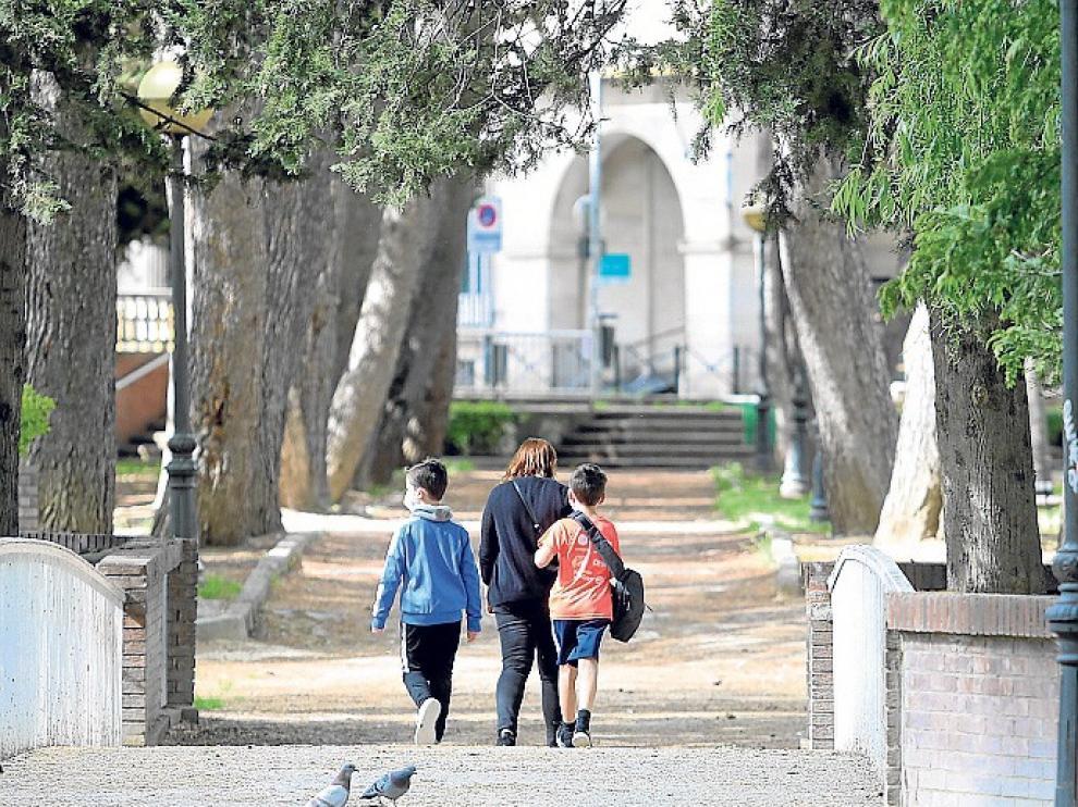 Balance positivo de las autoridades del inicio de los paseos con niños tras el confinamiento