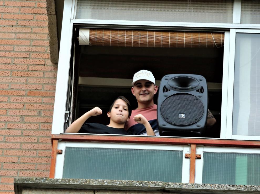 """Lucas Pinilla Blasco: """"Pongo música para dar un chute de energía y positividad a mis vecinos"""""""
