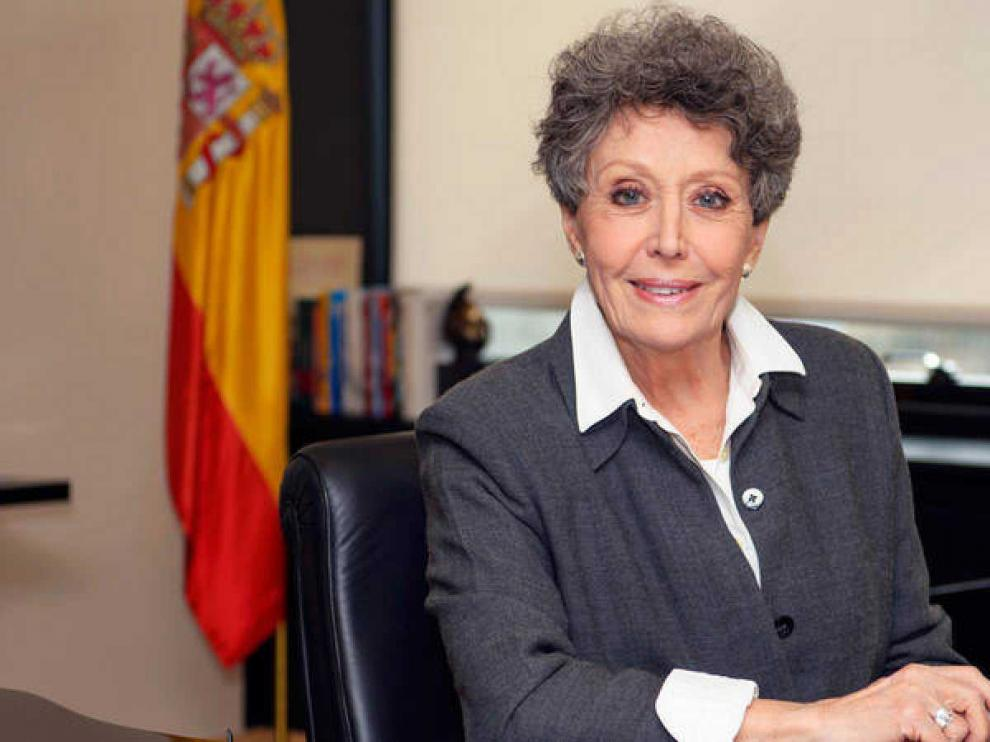 La comparecencia de Rosa María Mateo, pendiente de un nuevo informe jurídico