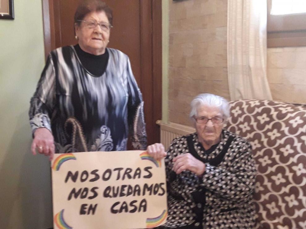 """Lucía, que ya """"resistió"""" a la gripe de 1918, ahora se queda en casa"""