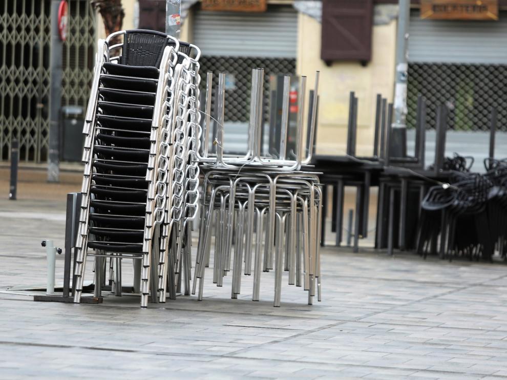 El Ayuntamiento de Huesca estudia modificaciones en los veladores ante la reapertura de la hostelería