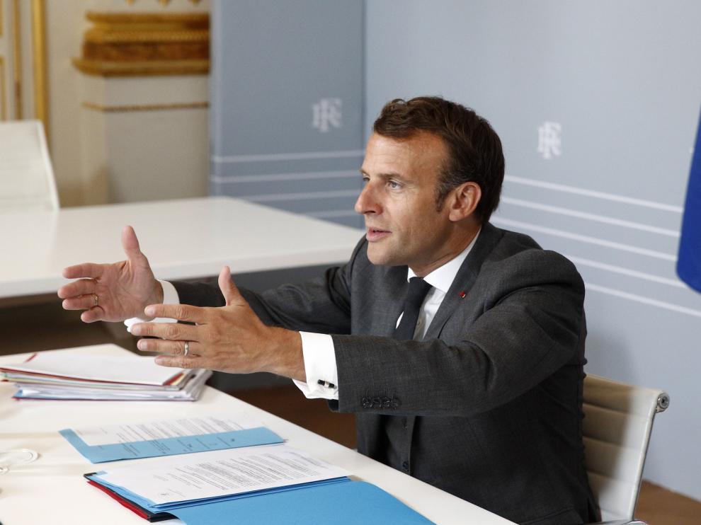Francia deja en manos de autoridades locales parte de la desescalada