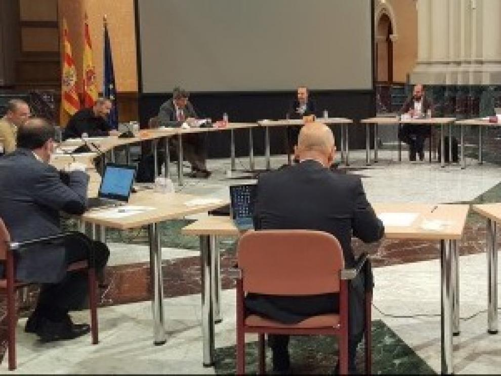 La mesa para la Recuperación Social y Económica agiliza su trabajo para tener lista la estrategia a final de mayo