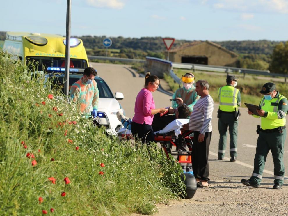 Un herido por la colisión entre una moto y un coche en Velillas