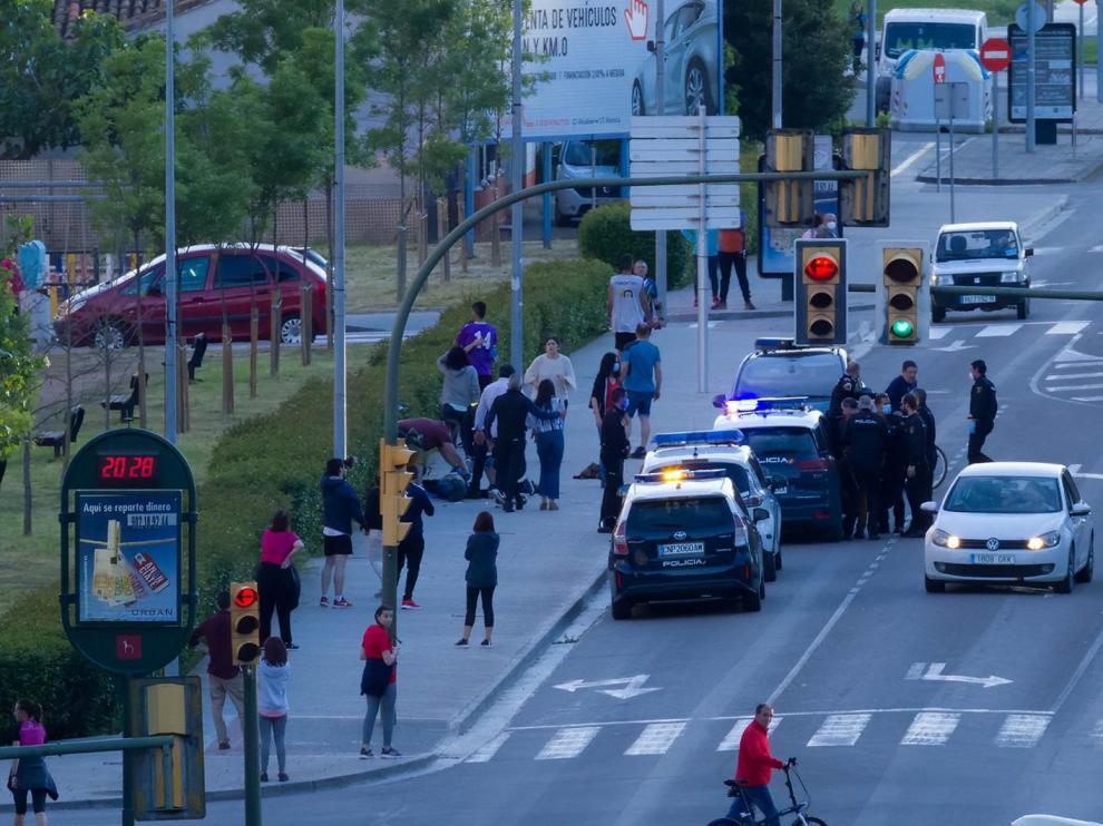 El guardia civil apuñalado por otro agente este sábado en Huesca permanece estable dentro de la gravedad