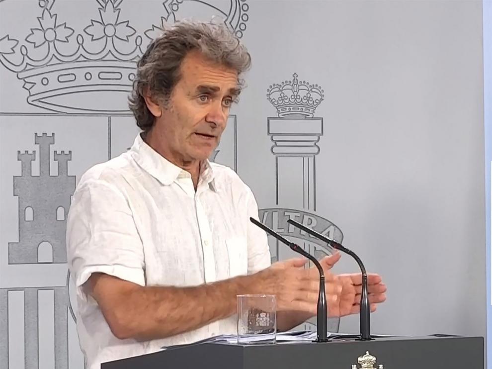 España registra el menor número de casos desde el 8 de marzo y las muertes diarias se mantienen