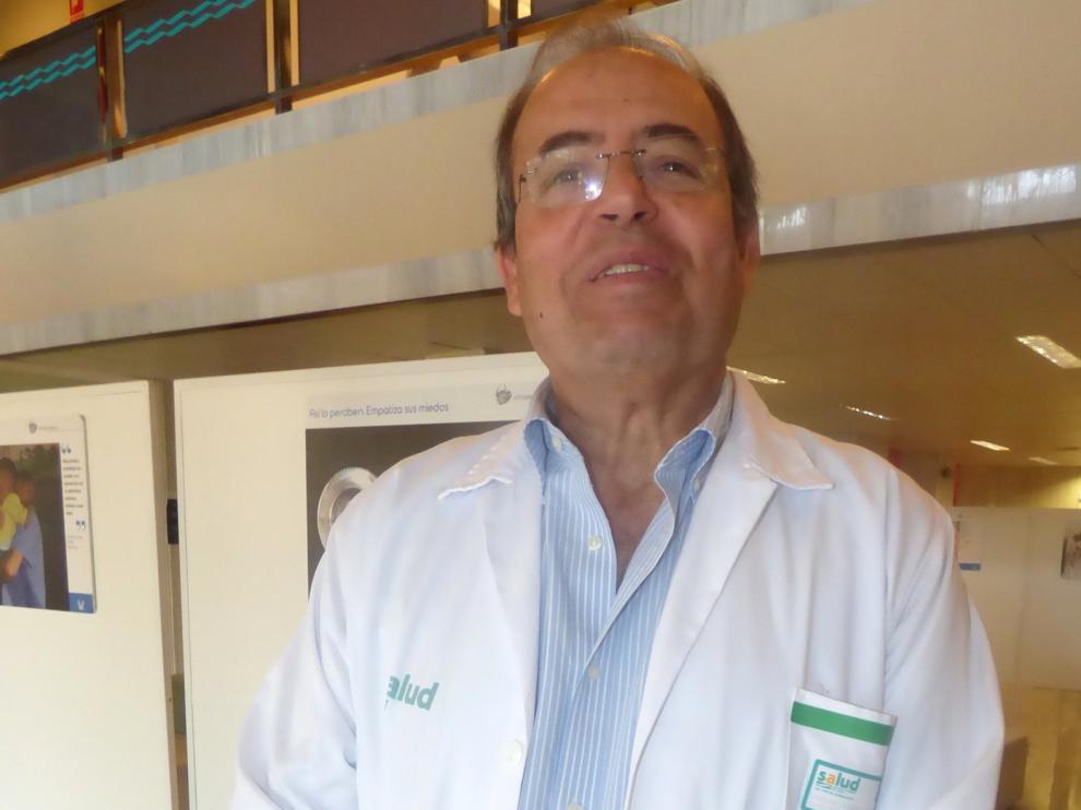 """José Ignacio Castaño: """"El número de pacientes con coronavirus ingresados se ha reducido un 80 % respecto a hace un mes"""""""