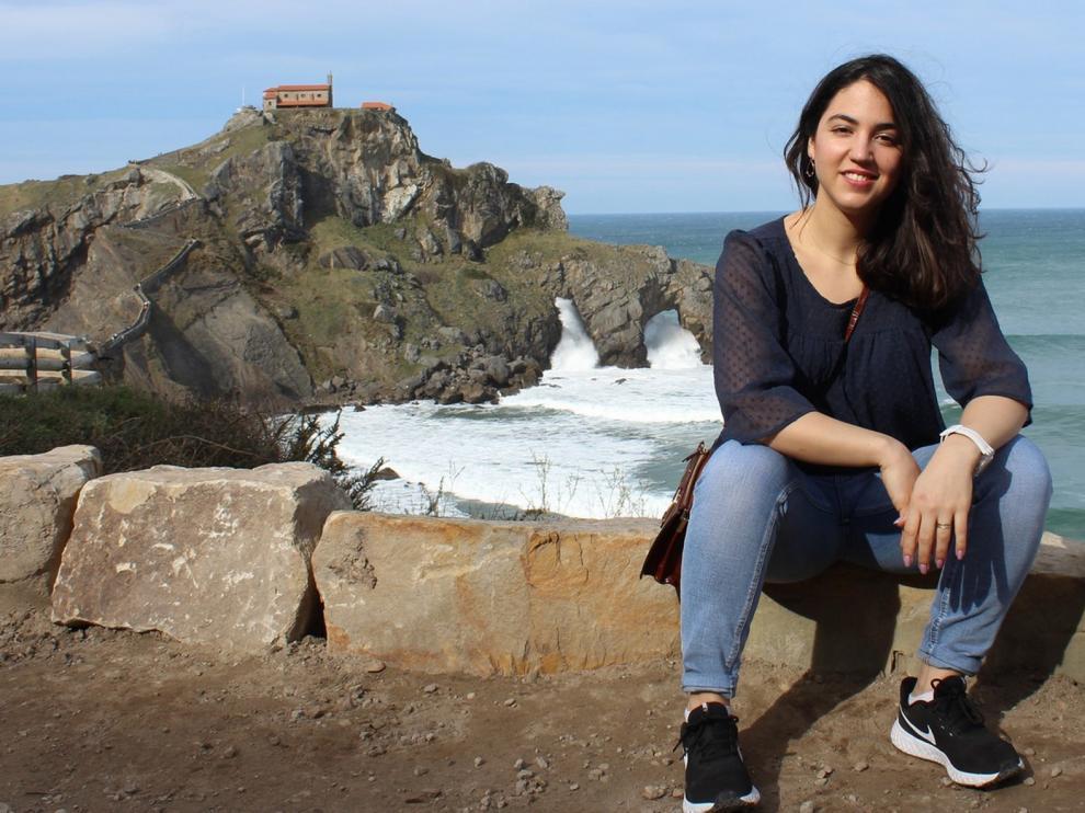 """Paula Longás Santolaria: """"El confinamiento es la única medida efectiva contra la covid-19"""""""