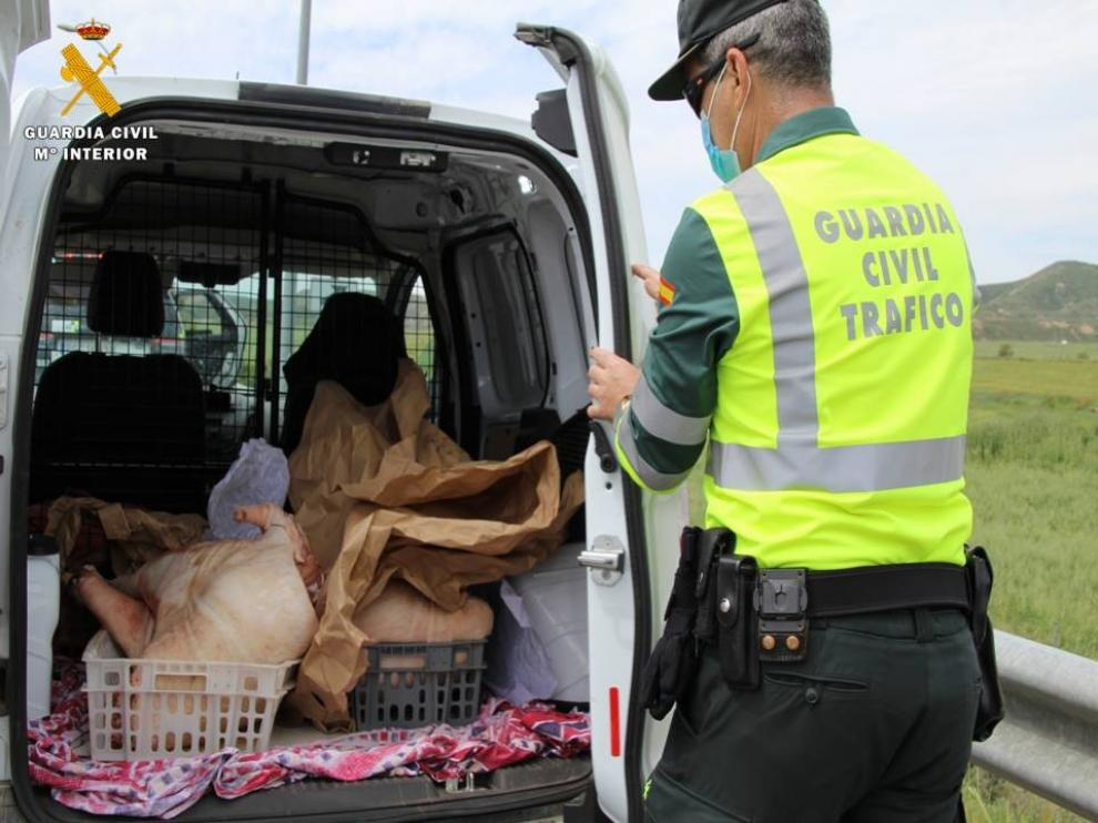 Denunciado el conductor de una furgoneta con carne no apta para consumo