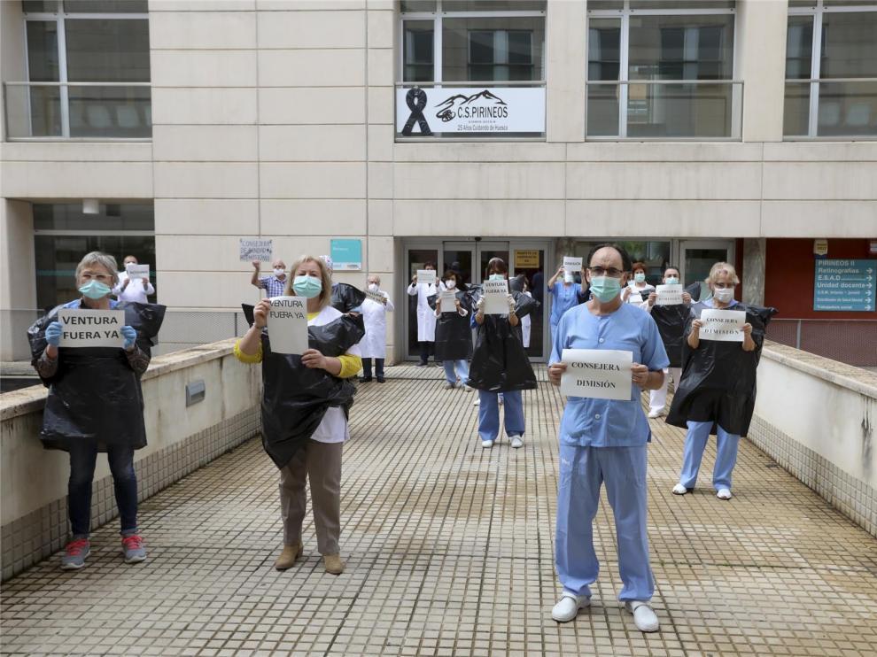 """La consejera de Sanidad, Pilar Ventura, dimite tras decir que era un """"estímulo"""" para los sanitarios hacerse sus propios epis"""