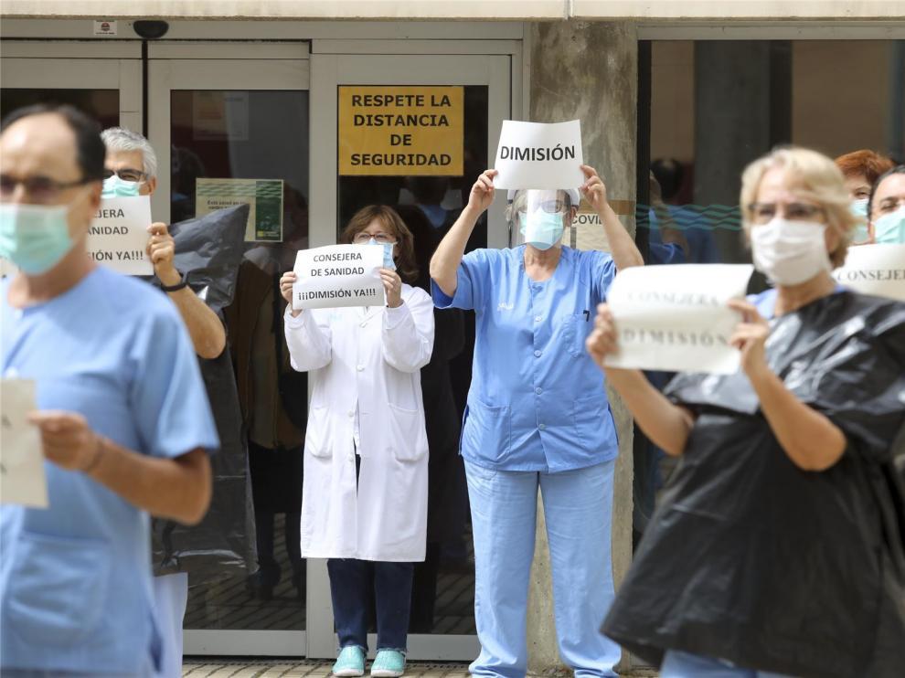 Los colegios y organizaciones médicas valoran la dimisión de Ventura y reiteran su ofrecimiento para colaborar con la DGA