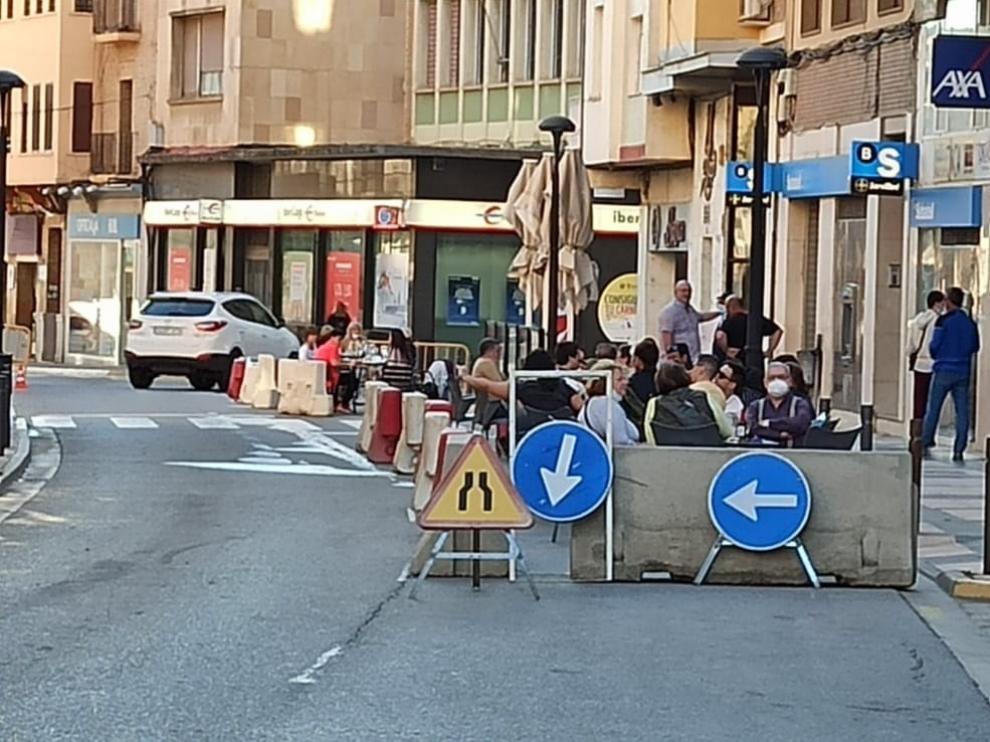 Monzón abre más espacios a los peatones para facilitar las distancias de seguridad