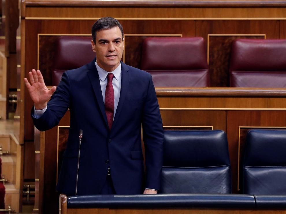 Sánchez insiste a Casado que la unidad es el camino para salvar vidas y empresas