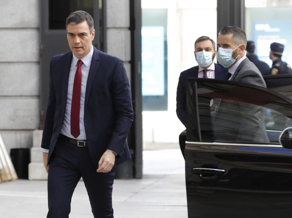 """Sánchez defiende """"un estado de alarma distinto"""" hasta culminar la desescalada"""