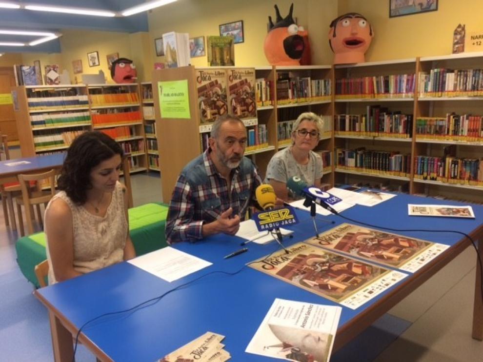 Jaca reabre la biblioteca, el cementerio y espacios para los perros