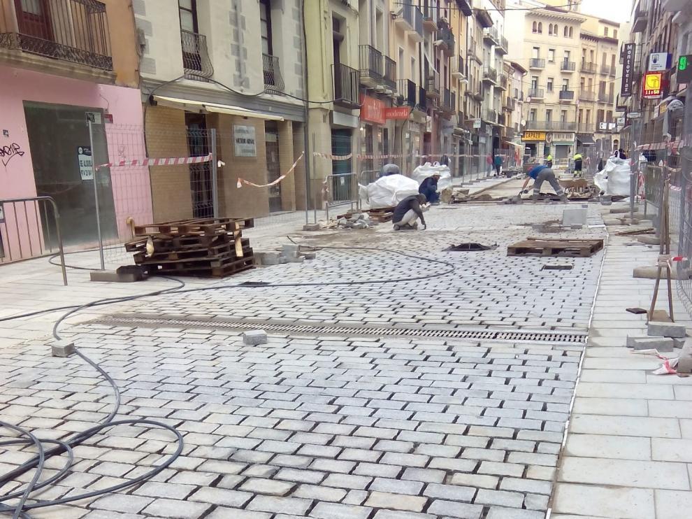 Las obras de reurbanización del Coso y de Ramón y Cajal de Huesca cumplen los plazos establecidos