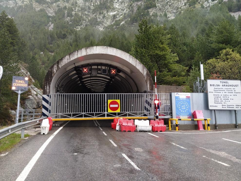 Aragón pide a Alegría que medie para reabrir el túnel de Bielsa
