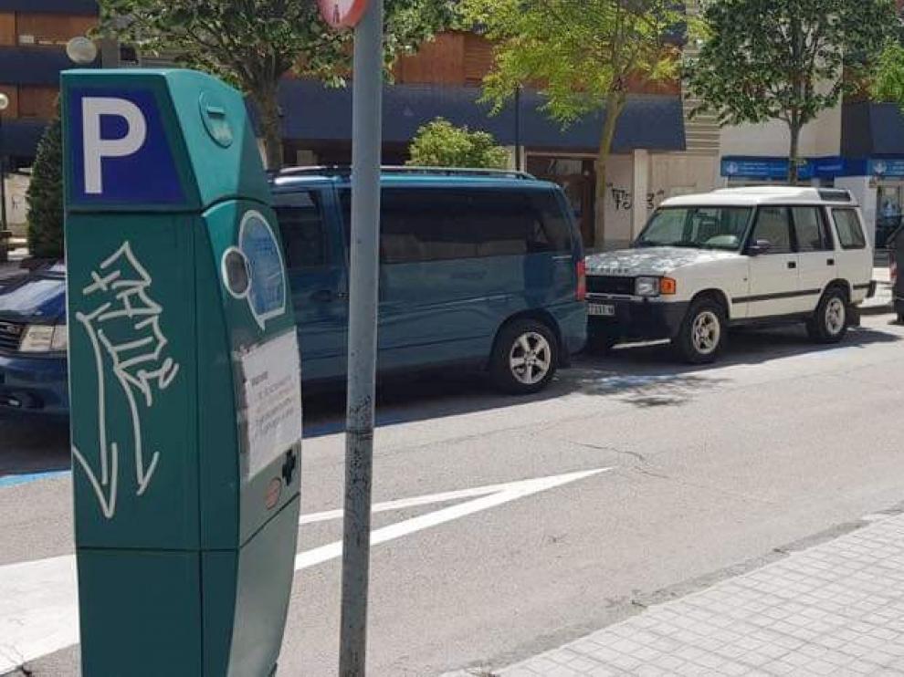 Jaca reactiva la zona azul para los aparcamientos este lunes