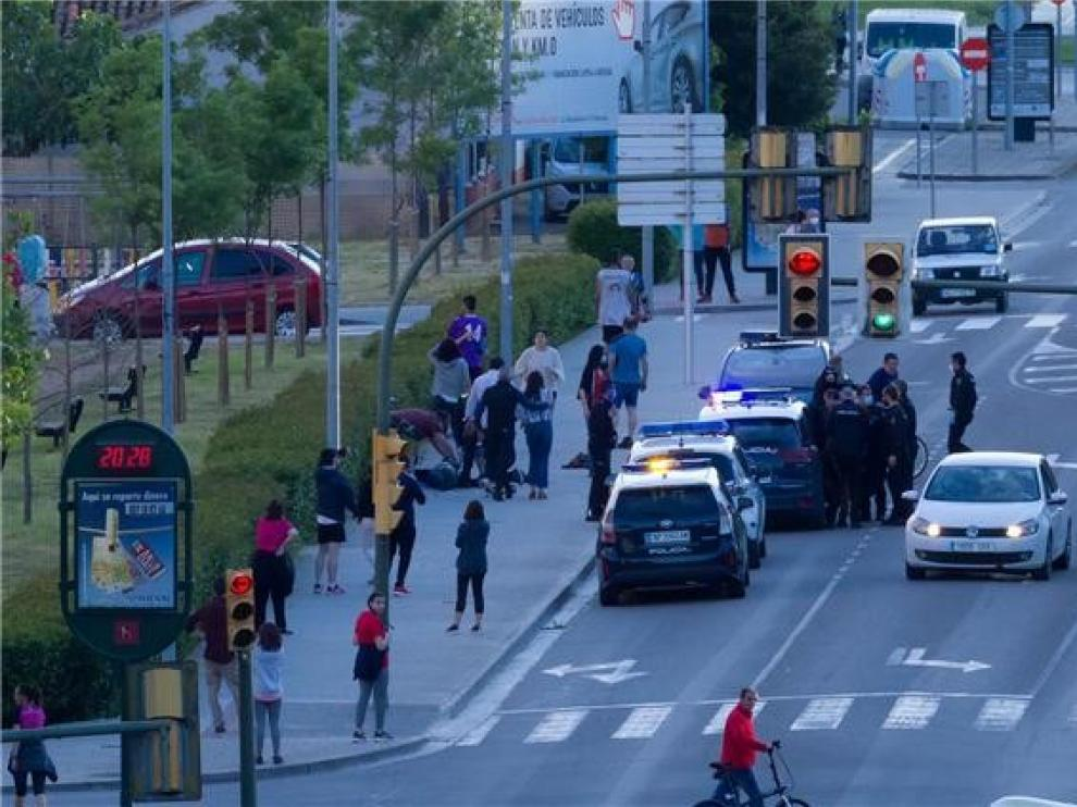 Mejora el estado del guardia civil apuñalado en Huesca por otro agente que deja la UCI y pasa a planta