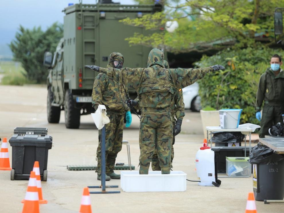 Asociaciones de militares exigen diálogo a Robles sobre la 'desescalada' en las Fuerzas Armadas