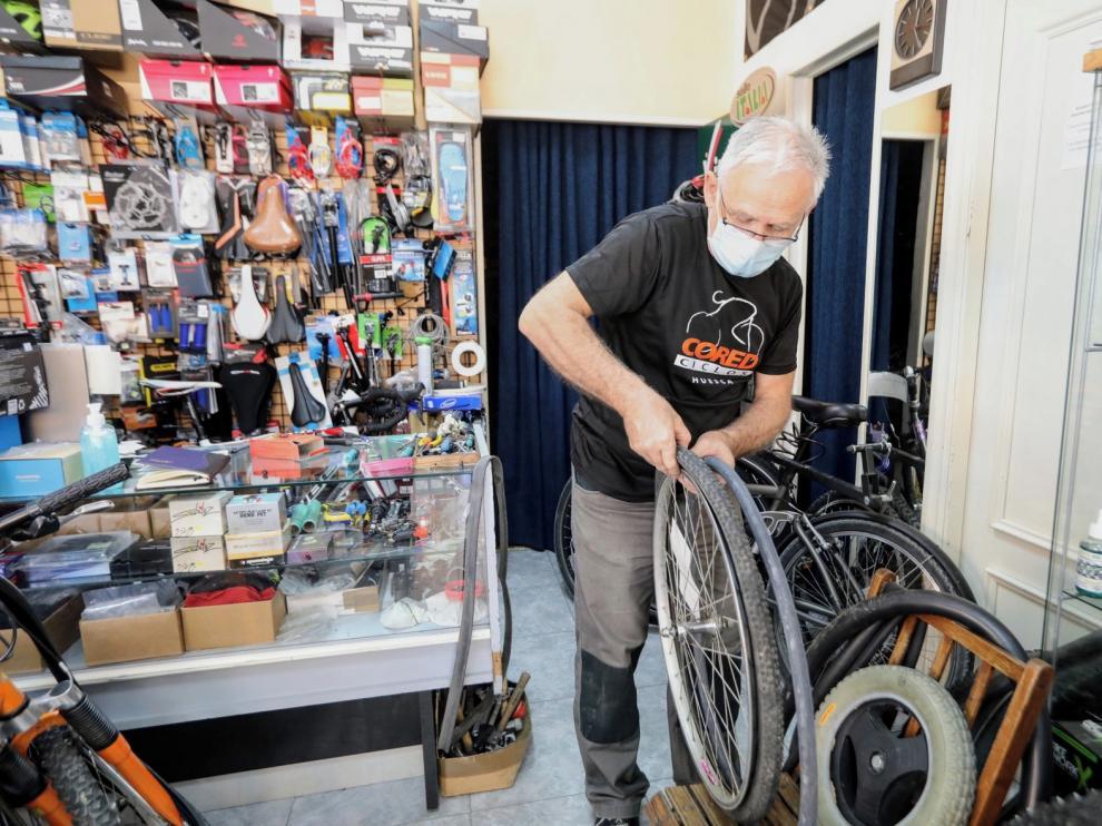"""Lorenzo Alonso:""""Hay mucha gente sin hábito que está descubriendo este mundo ciclista a nivel urbano"""""""