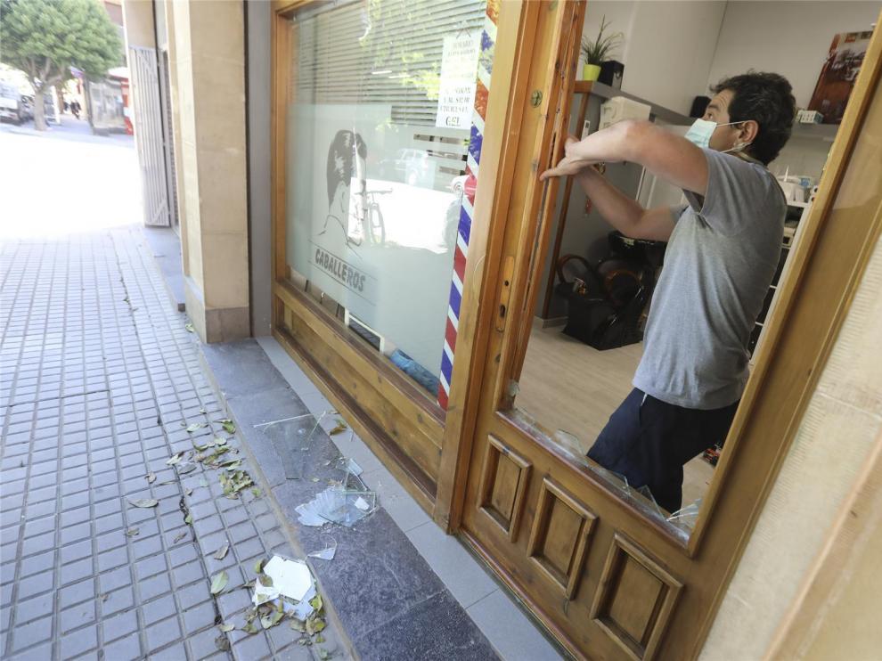 Asaltan una peluquería, un bar y un parking del centro de Huesca