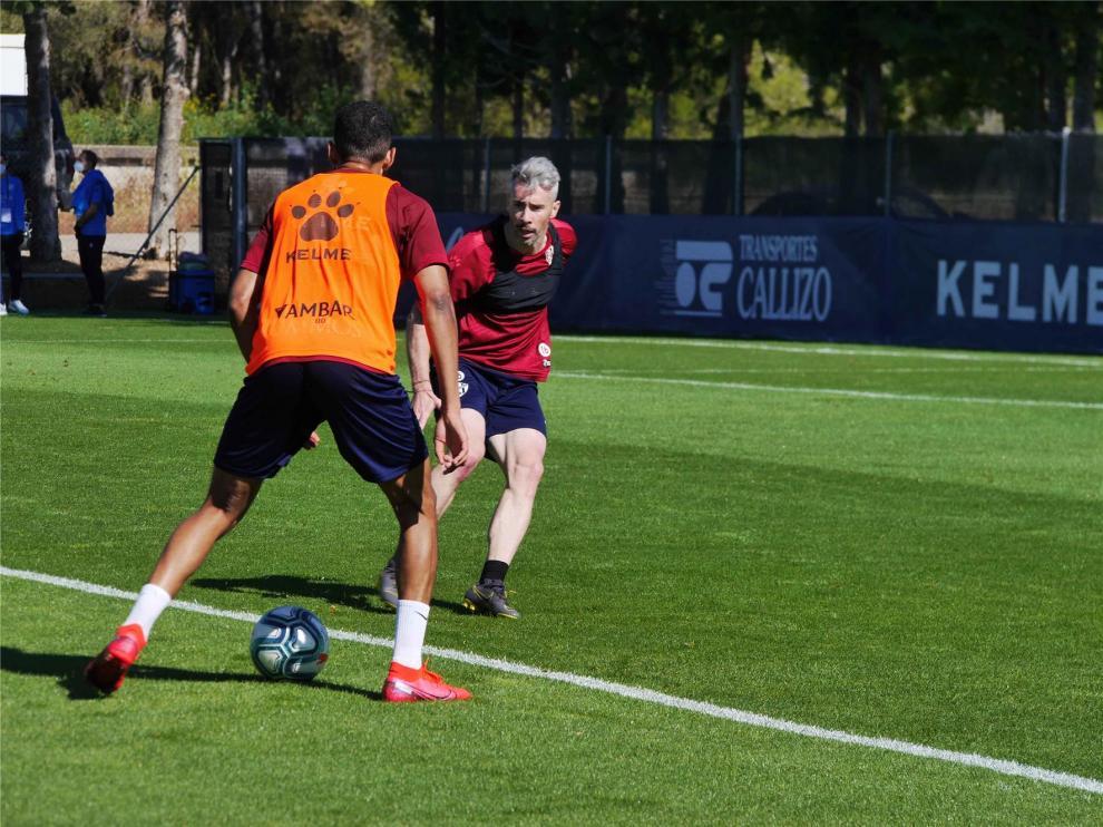 El balón cobra protagonismo en el Huesca