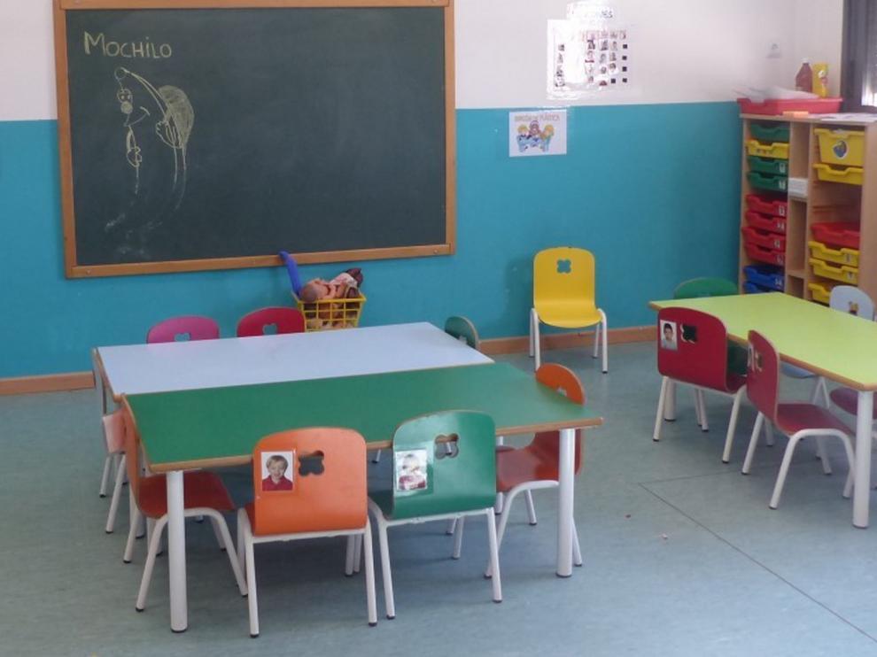 Monzón mantiene cerrada la escuela infantil por motivos de seguridad